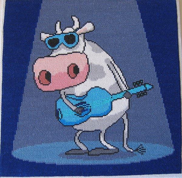 Корова с гитарой номер 1